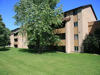 1315 Kensington Parkway 1-2 Beds Apartment for Rent Photo Gallery 1