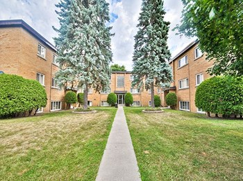 91 Front Avenue West 1 Bed Apartment for Rent Photo Gallery 1