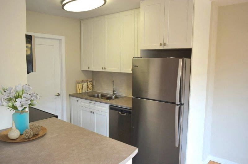 Somerset Place modern kitchen with stainless steel appliances in London, ON