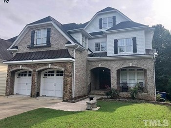 2216 Eno Place 5 Beds House for Rent Photo Gallery 1