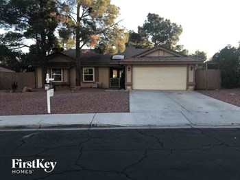 62 Pleasant Dale Drive 3 Beds House for Rent Photo Gallery 1