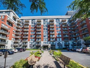 5775 Cavendish Boulevard 1-3 Beds Apartment for Rent Photo Gallery 1