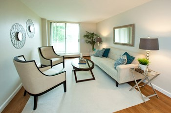 4982 Crysler Avenue 2 Beds Apartment for Rent Photo Gallery 1