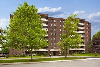 510 Admiral Street 1 Bed Apartment for Rent Photo Gallery 1