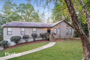 5756 Lake Ct 3 Beds House for Rent Photo Gallery 1