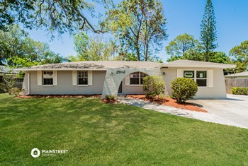 2912 LINWOOD DR 3 Beds House for Rent Photo Gallery 1