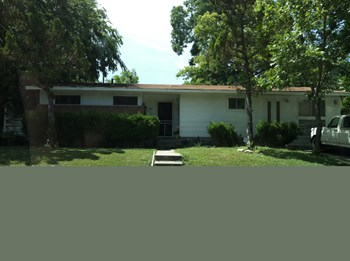 554 Wayside Drive 3 Beds House for Rent Photo Gallery 1