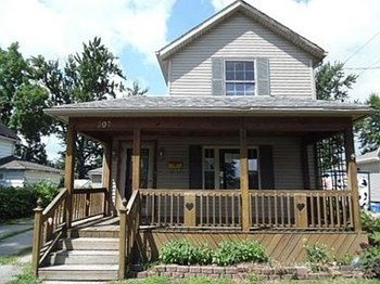 207 Barnhart Street 2 Beds House for Rent Photo Gallery 1