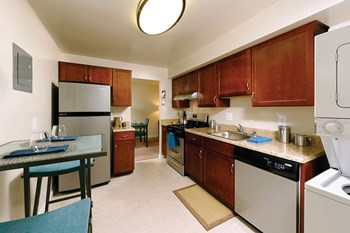 3182 Normandy Woods Drive 1-2 Beds Apartment for Rent Photo Gallery 1