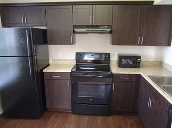 5614 Wellesley Park Drive 1-2 Beds Apartment for Rent Photo Gallery 1