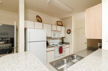 62200 West End Blvd 1-2 Beds Apartment for Rent Photo Gallery 1