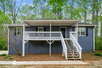 29 SWEETWATER PKWY 3 Beds House for Rent Photo Gallery 1