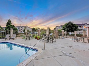 1212 Raintree Drive 1-3 Beds Apartment for Rent Photo Gallery 1
