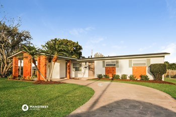 6315 WHITE OAK CT 3 Beds House for Rent Photo Gallery 1