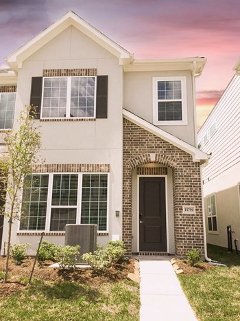 15759 Loch Laggan Drive 3 Beds House for Rent Photo Gallery 1