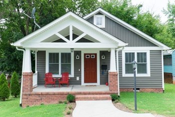 501 Serpell St 2 Beds House for Rent Photo Gallery 1
