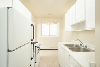 9115 & 9121 106A Avenue Northwest 1 Bed Apartment for Rent Photo Gallery 1