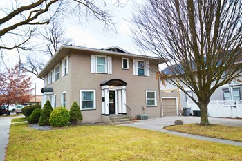 1701 West Resseguie Street 3 Beds House for Rent Photo Gallery 1