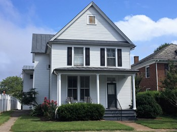 520 Pine St 1 Bed Apartment for Rent Photo Gallery 1