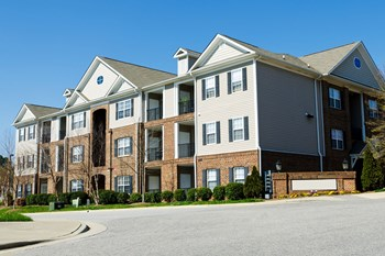 1200 Westpointe Blvd 1-2 Beds Apartment for Rent Photo Gallery 1
