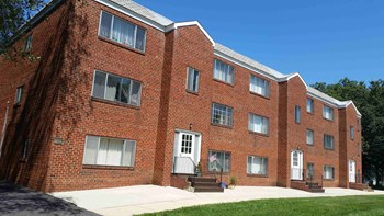 15 Kent Rd & 413-419-425 Sicklerville Rd 1-2 Beds Apartment for Rent Photo Gallery 1