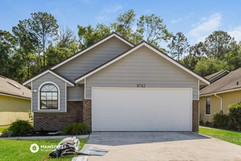 8761 PINEVALLEY LN 3 Beds House for Rent Photo Gallery 1