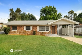 925 AVENUE T SE 4 Beds House for Rent Photo Gallery 1