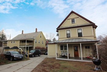 120-126 North Willard Street 2 Beds Apartment for Rent Photo Gallery 1
