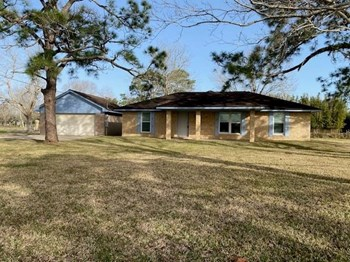 9140 Stephen F. Austin Road 1 3 Beds House for Rent Photo Gallery 1