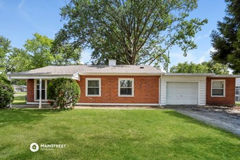 23 JAMESTOWN DR 3 Beds House for Rent Photo Gallery 1