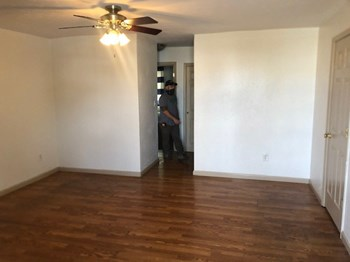 961 & 971 Belle Valley Drive 2 Beds Apartment for Rent Photo Gallery 1