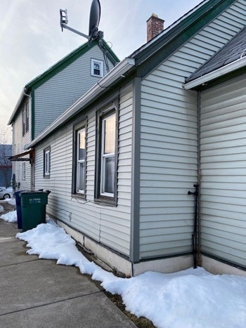 69 Mills Street 2 Beds Apartment for Rent Photo Gallery 1
