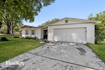 5321 Hillside Drive 3 Beds House for Rent Photo Gallery 1