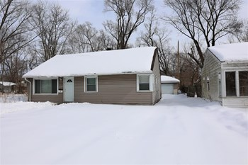 1119 Cass St 3 Beds House for Rent Photo Gallery 1