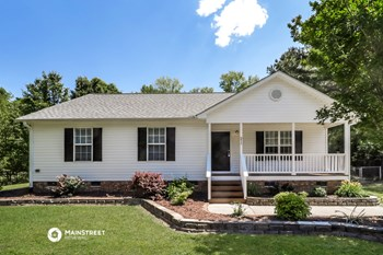 211 DUCK POND LN 3 Beds House for Rent Photo Gallery 1