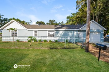 920 18TH AVENUE DR W 3 Beds House for Rent Photo Gallery 1