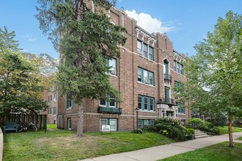 3125 Holmes Avenue S 1 Bed Apartment for Rent Photo Gallery 1