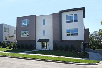 4101 W. 31St Street 1-3 Beds Apartment for Rent Photo Gallery 1