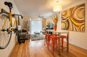1500 Royal Crest Drive Studio-2 Beds Apartment for Rent Photo Gallery 1