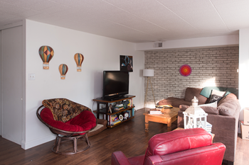5326 Pocusset Street 1-2 Beds Apartment for Rent Photo Gallery 1