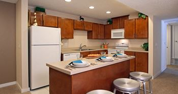 7100 S 86th Street 1-2 Beds Apartment for Rent Photo Gallery 1