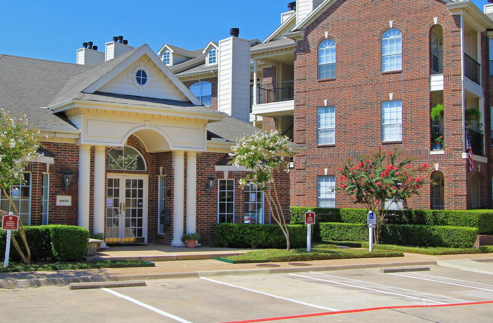 Apartments With Attached Garages In Dallas Tx | Dandk ...
