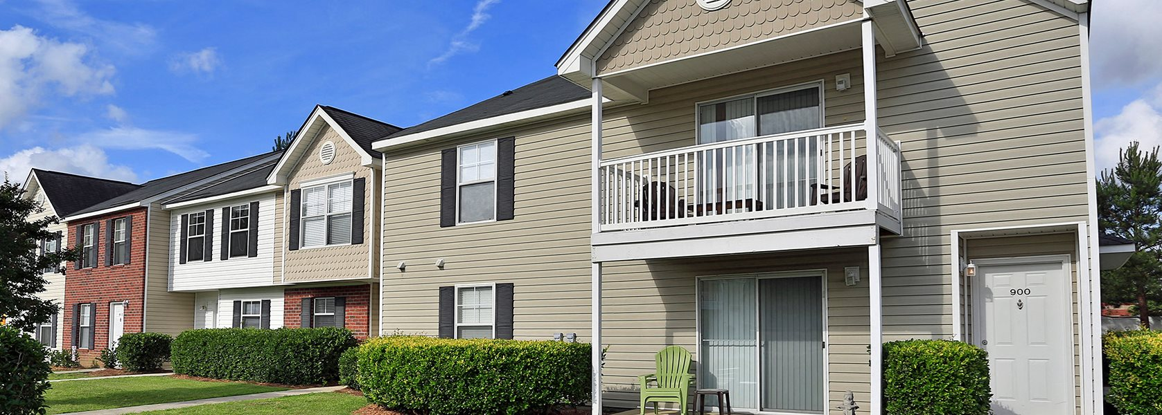 Devon Pointe Apartments And Townhomes Apartments In