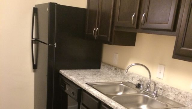 Apartments And Townhomes For Rent In Durham Nc At The Mews Apartments Apartment Rentals