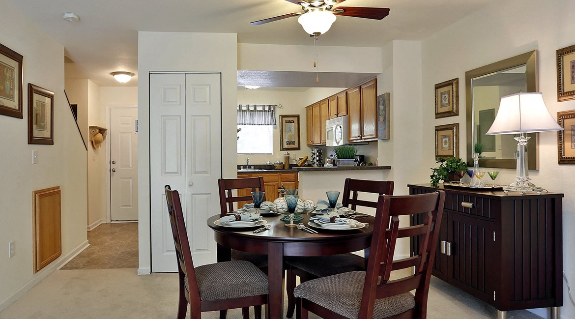 Shadowmoss Pointe Apartments And Townhomes Apartments In