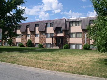 1485 12Th Avenue North 1-2 Beds Apartment for Rent Photo Gallery 1