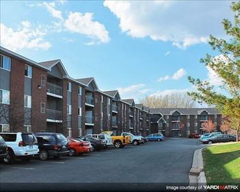 12555 Pennock Avenue 1 Bed Apartment for Rent Photo Gallery 1
