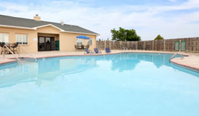 Outdoor Pool at Apache Trace Apartments in Guymon