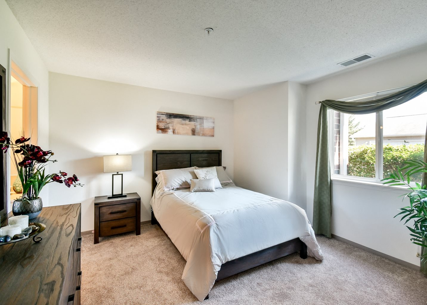 Northgate Apartments | Apartments in Waukegan, IL
