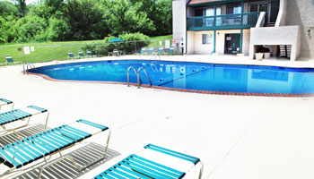 Pool at Sherwood Forest Apartments